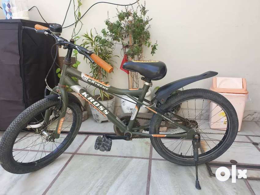New condition hero cross cycle for kids. One year old . 0