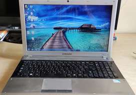 Samsung 15.6 inch laptop for daily use. Good condition