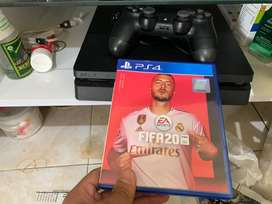 Playstation slim 4 500gb & Fifa 20