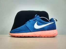 Sepatu Nike Roshe run millitary