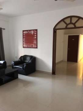 Prine location 3 bhk flat fully furnished, beautifull well ventilatef