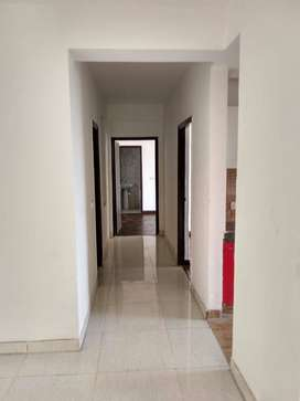 3BHK Residential Luxurious Semi Furnished Apartment in Royal Heritage