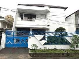 Rumah Surabaya Bagus Di Dharmahusada ind tmr belakang