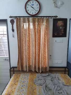 5 Curtains