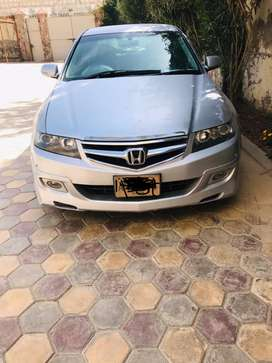 Honda Accord cl9 for sale.