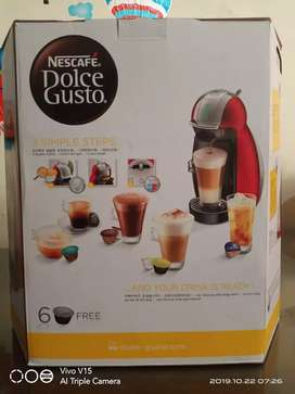Nescafe Dolce Gusto type 9771 genio 2 red metal