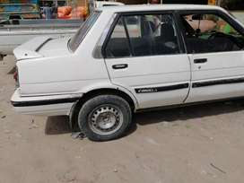 Toyota crolla 1976 model rigester in karachi All docoments completed