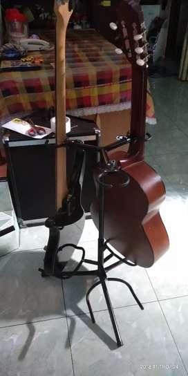 Stand gitar triple