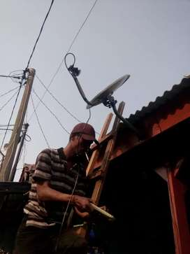 Pemasangan Antena Parabola Ninmedia