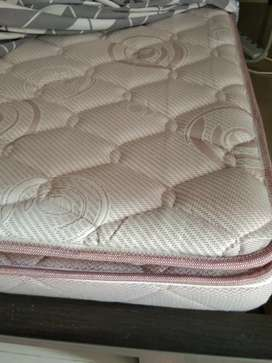 SLEEPWELL MATTRESS BRAND NEW, SPINETECH AIR , 8 WEEKS OLD ONLY.