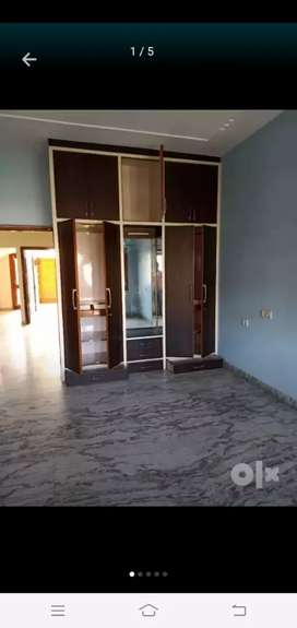 Well neat and clean house for rent at Ranjit avenue