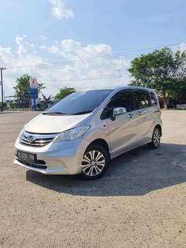 Honda Freed 2013 Matic plat B
