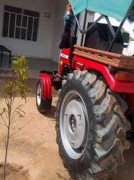 Massey.    tractor.  241.  Di. 2016.  model