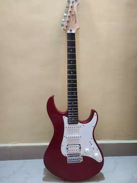 Yamaha Pacifica electric guitar with padded bag
