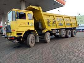 Urgently require 10,12,14,16,18 wheeler Hyva and dalabody