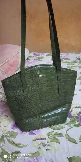 Hidesign ladies original  leather handbag