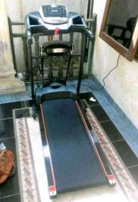 Toko Alat Fitness//Treadmill Electrik 2 Fungsi Verona bisa cod