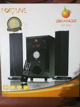 ORANGE WOOFER SP-990 BRAND NEW CONDITION 10/10 FOR SALE.