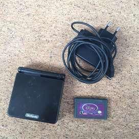 Gameboy Advance SP 001