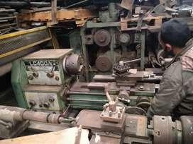 Mesin Bubut LC 400