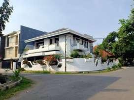 Sewa Rumah di Surabaya Pusat (Hook)