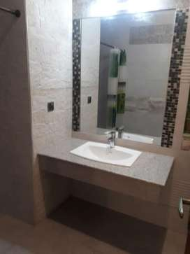 1 Kanal Lower Portion For Rent At Top Location