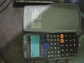 Kalkukator Casio fx-82 ES PLUS