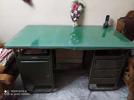 Green Office table