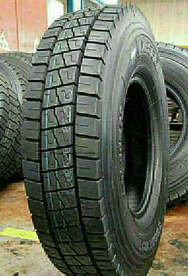 TSD Radial Truck Tyre 10.00/R20 For Sale