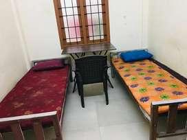 LADIES HOSTEL NEAR HIGH COURT SINGLE ROOM DOUBLE ROOM 4 SHARING ROOM