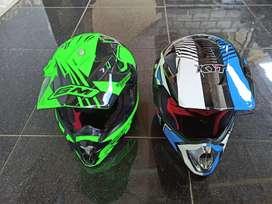 Helm Cross GM & KYT