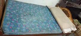 Queen Size bed (4*6)