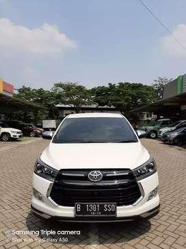 Toyota Kijang Innova mdl Venturer V AT diesel 2019