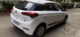 Super Condition White Colour i20 Ellite Sportz Option Diesel 2015