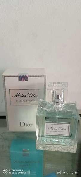 Parfum Miss Dior Or.Singapore..