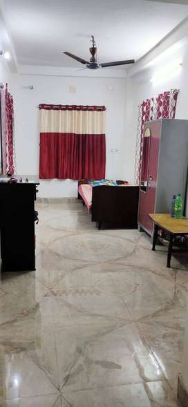 1 BHK FLAT, 2 WALKING DISTANCE FROM BAGUIHATI (BATA SHOP)