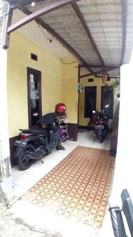 DI Jual Rumah daerah Ciledug siap huni dan Murah 335 Jt Ciledug