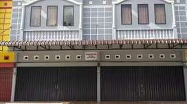 Dijual Ruko 1 unit , dengan 7 kamar kos di belakang LIVING WORLD