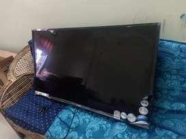 Llyod LED TV 42Inch