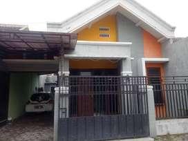BU Segera, Dijual cepat Rumah dekat SPBU & RSIA Tanjungsari Blitar