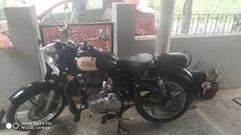 RE classic 350 6000kms driven awesome condition