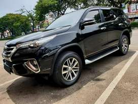 Toyota Fortuner VRZ LuXury AT 2016 Asli masih wangi diler