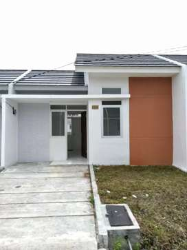 DISEWAKAN/OVER KREDIT Rumah Bangunan Baru di CMR Cluster Tevana