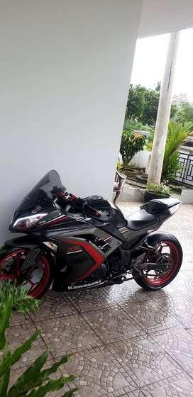 Di jual motor KAWASAKI Ninja 250 fi ABS SE