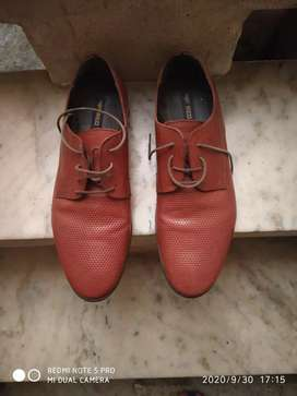Red Tape shoe size 9