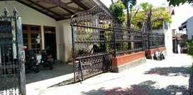 Jual rumah kos etnik bagunan belanda luas di tengah kota jogja