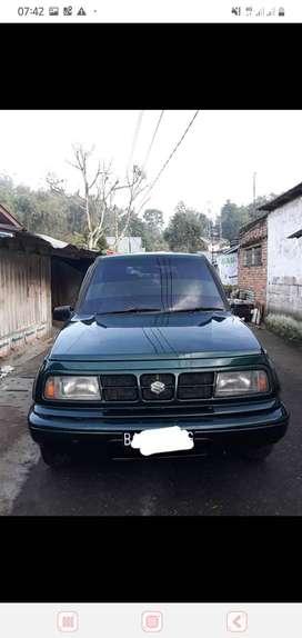 Mobil escudo nomade ganteng