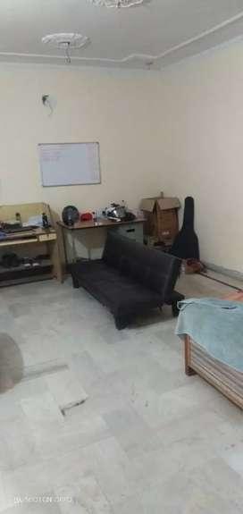 Available 8 Marla 1st floor 3bhk sector 69 facing park