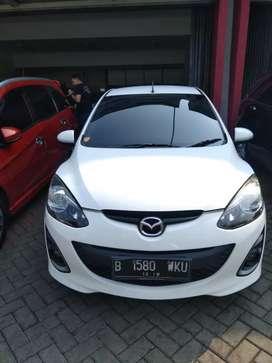Mazda 2 R AT 2014 Putih Istimewa
