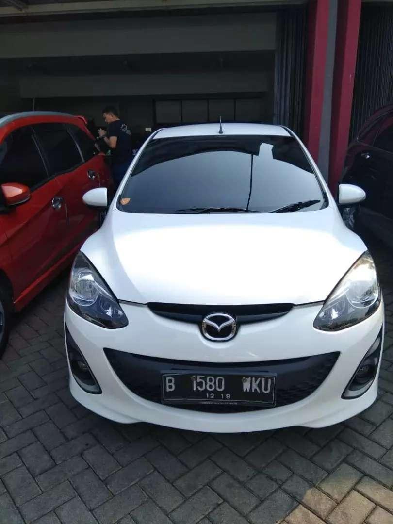 Mazda 2 R AT 2014 Putih Istimewa 0
